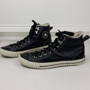 CONVERSE CITY HIKER BLACL LEATHER HI TOP SNEAKER
